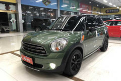 MINI COUNTRYMAN 2016款 1.6T COOPER All 4 Excitement 装备控